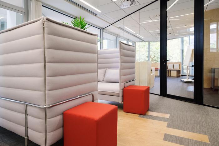 interior-kantor-minimalis-11