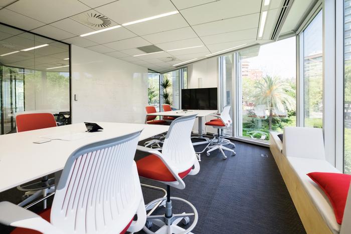 interior-kantor-minimalis-13