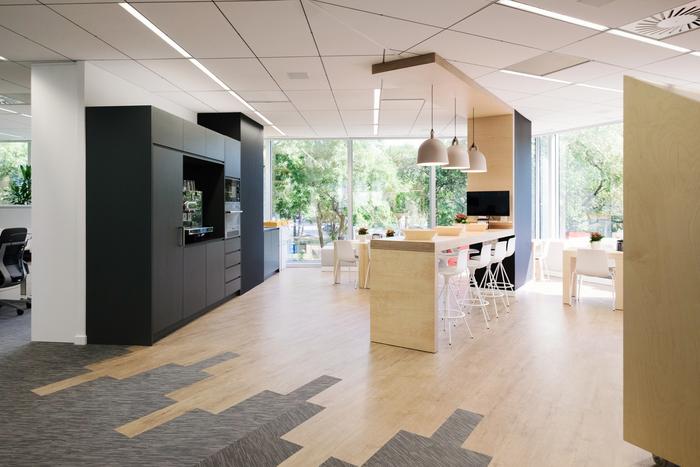interior-kantor-minimalis-8