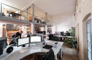 interior kantor periklanan modern (7)